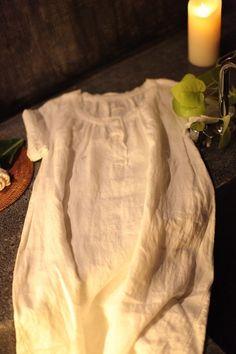 home wear リネン100% 共のパンツがついていますのでパジャマとして、また休日のリラックス着としてお召になっていただけます。19740円 パンツ 10290円 リネン100%