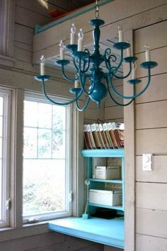 spray painted chandelier-similar shape to the ugly one we have. Spray Painted Chandelier, Blue Chandelier, Painting Light Fixtures, Chandelier Makeover, Diy Shows, Pump House, New Blue, Diy Painting, Decoration