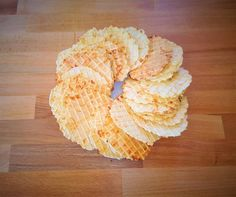 Sajtos tallér Snack Recipes, Snacks, Crackers, Dairy, Chips, Food, Snack Mix Recipes, Appetizer Recipes, Appetizers