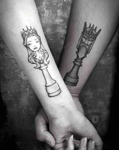 king and queen chess tattoos- 89 Couple Tattoo Ideas That Are Better Than A Ring König und Königin Schach Tattoos – 89 paar Tattoo-Ideen, die besser sind als ein Ring … Romantic Couples Tattoos, Meaningful Tattoos For Couples, Couples Tattoo Designs, Wing Tattoo Designs, Infinity Couple Tattoos, Cute Couple Tattoos, Cute Tattoos, Couple Tattoo Ideas, Tattoos For Lovers