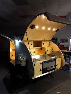Stunning Teardrop Camper Ideas And Designs, There are lots of reasons why folks want teardrop trailers. A teardrop'' trailer is a little camper. Most teardrop trailers arrive with some basic cap. Teardrop Trailer Interior, Teardrop Trailer Plans, Diy Camper Trailer, Camper Interior Design, Vintage Camper Interior, Interior Ideas, Homemade Camper, Teardrop Camping, Overland Trailer
