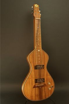 Product DescriptionThis is a gorgeous, previously owned, Electro Hawaiian® Model I lap steel guitar. It is in near mint condition