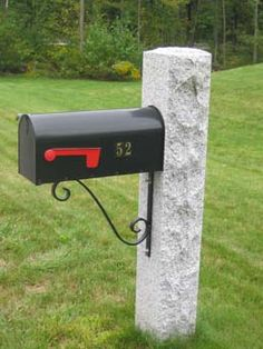 Woodbury Gray Thermal 2 Split Face 2 Mailbox Post With