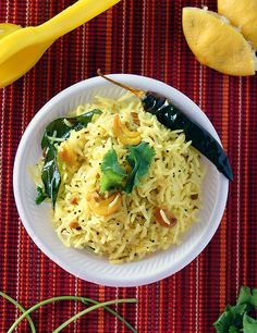 Did you know that left over rice can be transformed into something delicious ? Try this bright and tangy Lemon rice.