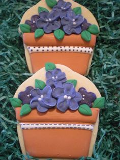Potted Violet Flower Cookies