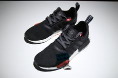 ADIDAS NMD R1 BLACK WHITE RED AQ4498 Couple size: 4-12