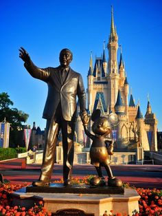 Walt Disney World, I hope to be taking the boys back in 2013 can't wait.