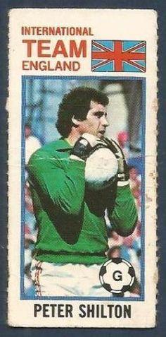 Retro Football, Goalkeeper, Gloves, England, Baseball Cards, Sports, Goaltender, Hs Sports, Fo Porter