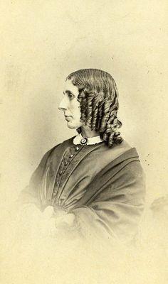 Woman Costume Fashion Sheffield United Kingdom Old CDV Photo Barber 1870