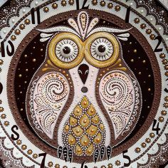 "Совушка крупным планом:) ________________________________    Clock ""Owl"" #estriada_artworks  ________________________________   #fragment #instaart #creativity #decor  #owl #wallclock  #pointtopoint  #artsupporting  #handpainted #painting  #artwork  #topcreator  #art_we_inspire  #craftsposure #craft #handmade #handmadegifts #inspiration #hobby #mysolutionforlife #livemaster #точечнаяроспись #роспись #ручнаяработа #хендмейд #авторскаяработа #декор"