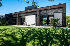 Dorrington #Architects have designed the Godden Cres #House in Auckland, New Zealand.