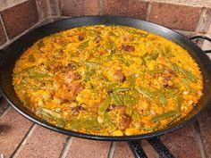que rico. Avocado Recipes, Rice Recipes, Mexican Food Recipes, Dinner Recipes, Cooking Recipes, Ethnic Recipes, Recipies, Traditional Spanish Paella Recipe, Spanish Food