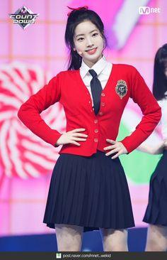 Stage Outfits, Kpop Outfits, Fashion Outfits, Nayeon, South Korean Girls, Korean Girl Groups, Tofu, Snsd, School Uniform Fashion
