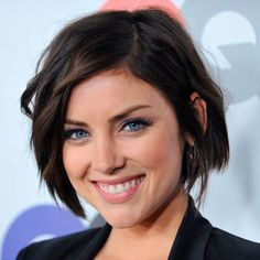 Jessica Stroup, if i were to ever cut my hair short Short Hairstyles For Women, Pretty Hairstyles, Easy Hairstyles, Square Face Hairstyles Short, Short Brunette Hairstyles, Hairstyle Ideas, Hairstyles 2018, Square Face Haircuts, Haircut For Square Face
