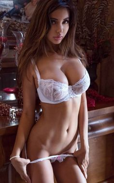 Sexy amira