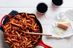 Pasta with 15-minute meat sauce makes a quick and easy dinner for weeknights.