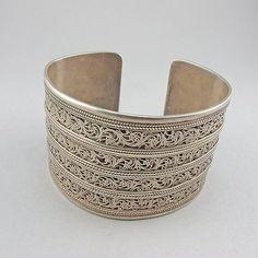 Manchette argent Vintage bracelet massif 800 bijoux asiatique Central bijoux ethniques bijoux argent bijoux Vintage on Etsy, Vendu
