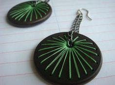 Sun Spoke Embroidered Wood Earrings Lime Green por IbbyAndRufus