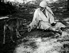 Sai Baba Original Photos and Pictures. According to the book Sai Satcharita, Sai Baba arrived at the village of Shirdi in the Ahmednagar district of Maharashtra, British India, when he was about 16 years old. Indian Saints, Saints Of India, Sai Baba Pictures, God Pictures, Om Namah Shivaya, Swan Animal, Shirdi Sai Baba Wallpapers, Sai Baba Hd Wallpaper, Sai Baba Quotes