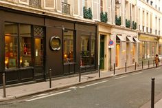 There s also an amazing antiques shop in the Saint-Germain district of  Paris called Yveline 69f6f00cf2f