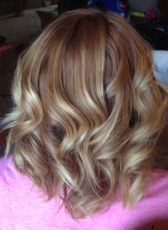 Strawberry copper blonde ombré balayage highlights with mid length bob and loose waves