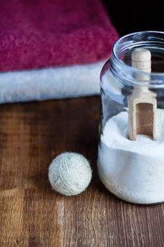 Tres pompones: Jabón en polvo para la lavadora