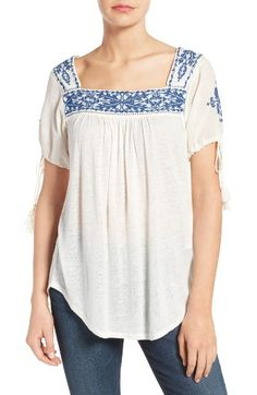 Free shipping and returns on Lucky Brand Embroidered Slub Knit Top at Nordstrom.com. Delineated with dainty seed beads, gauze-woven panels at the yoke and sleeves are embellished with lovely embroidery to bring iconic peasant charm to a billowy slub-knit top. Slender drawstrings at the cuffs add gently puffed volume.