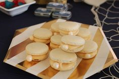 'Oyster' macarons, coconut white chocolate for a nautical party