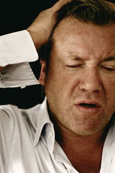Sam Taylor Wood Crying Men (Ray Winstone), 2004 Sam Taylor Johnson, Ray Winstone, Crying Man, People Of Interest, Grown Man, Man Ray, Robin Williams, Film Photography, Other People