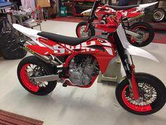 Die neuen SWM Supermotos in Raceversion 2017 - Husqvarna Ktm Supermoto, Motorcross Bike, Scooter Motorcycle, Pit Bike, Mx Bikes, Sport Bikes, Ktm 690, Motocross Maschinen, Cool Truck Accessories