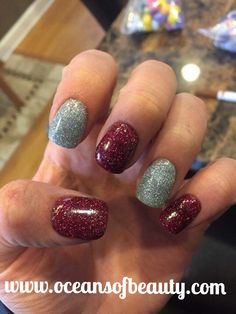 Craft Store Glitter & Crystal Clear EZdip Gel Powder. DIY EZ Dip. No lamps needed, lasts 2-3 weeks! Salon Quality done right in your own home! For updates, customer pics, contests and much more please like us on Facebook https://www.facebook.com/EZ-DIP-NAILS-1523939111191370/ #ezdip #ezdipnails #diynails #naildesign #dippowder #gelnails #nailpolish #mani #manicure #dippowdernails