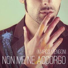 http://allmusicnews.altervista.org/blog/non-ne-accorgo-il-video-ufficiale-del-nuovo-singolo-di-marco-mengoni/