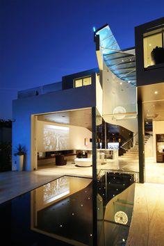 Fascinating modern pad in Los Angeles: Birch Residence