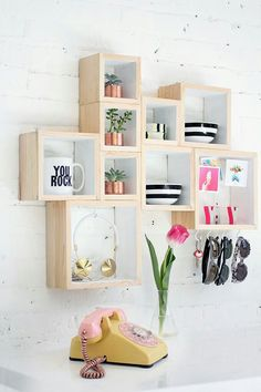 Box wall storage