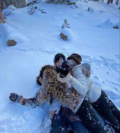 Best Friend Pictures, Friend Photos, Shotting Photo, Ski Season, Teenage Dream, Winter Time, Winter Christmas, Christmas Time, Winter Wonderland