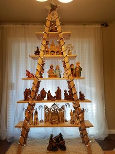 7' ladder tree. A great way to show my nativity sets. I love it.