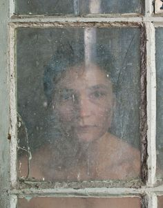 """Elina Brotherus, """"Through the looking glass"""""""