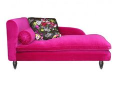 """Meridian """"Napoleon III"""" from Moissonnier. Chesterfield, Basement Makeover, Sofa, Couch, Pink Room, Decoration, Hot Pink, Velvet, Furniture"""