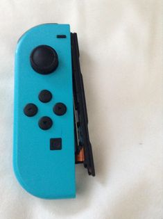So my switch controller broke and I am devastated. I got a switch last year and I was about to buy a second pair of controllers when this happened. I tried pushing the black part back in but it didn't fit. Is there a way to fix it or do I need to replace the controller altogether? http://bit.ly/2lnzap3 #nintendo