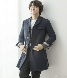 Bellisimo 💙 #YoonShiYoon Kdrama, Yoon Shi Yoon, Korean Beauty, My Man, New Pictures, 18th, Handsome, Actors, Coat