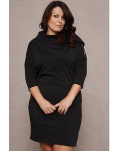 Sukienka z asymetrycznym golfem 2 - czarny/SE Odzież damska w dużych rozmiarach, Polska moda, made in poland, duże rozmiary