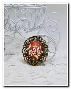 Hey, I found this really awesome Etsy listing at https://www.etsy.com/il-en/listing/232907578/floral-brooch-coral-broosh-floral