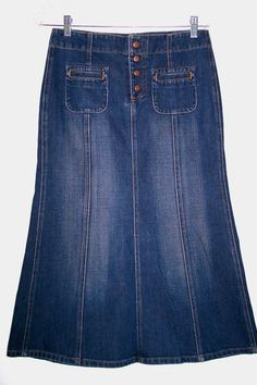 "GAP Jeans Denim Skirt 4 A-line Dark Wash Snap Front Figure Flattering! Waist 30"" FREE USA SHIPPING ON ALL CLOTHING!"