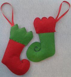 Adorno Navieño, Botas de Elfo, Cosidas a Mano, Hechas con fieltro, Decoración del Árbol de Navidad de LaTiendaDeLore en Etsy