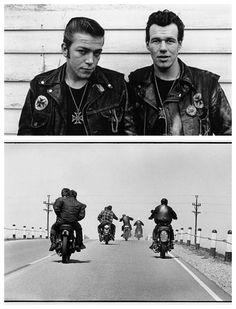 Né à Brooklyn en 1942 puis étudiant à l\\\'université de Chicago, Danny Lyon est l\\\'un des photographes américains le plus important de sa génération. Leica en main, il immortalise les principaux mouvements historiques puis intègre le gang de motards de Chicago, les Outlaws. Il publie en 1968 son premier livre ...