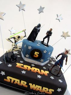 On Birthday <b>Cakes</b>: 'May the force be with you'... A Star Wars <b>Cake</b>!