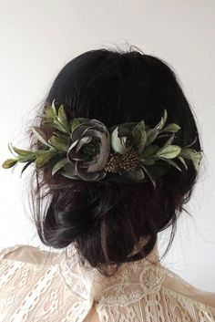 Wedding Flower Hair Clip, Bridal Hairpiece for Boho Wedding - This blue and green floral bridal hairpiece is perfect for your boho wedding! This floral hair clip - Wedding Headband, Bridal Hair Vine, Bridal Hairpiece, Bridal Updo, Short Bridal Hair, Bridal Hair Clips, Wedding Hair And Makeup, Wedding Hair Accessories, Bridal Makeup