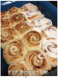 cinnamon rolls from oven