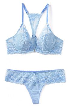 13795025637 11 Pretty Little Lingerie Pieces for the Bride-to-Be