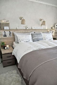 Searching For DIY Headboard Ideas? There are a lot of inexpensive ways to produce an unique distinctive headboard. We share a few fantastic DIY headboard ideas, to motivate you to design your bedroom posh or rustic, whichever you like. Furniture, Interior, Home, Home Bedroom, Bedroom Design, Bedroom Inspirations, Home Deco, Interior Design, New Room